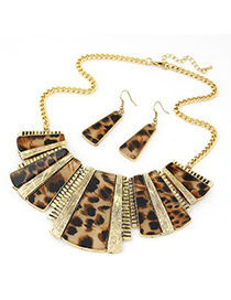 Heavy Leopard grain color Irregular geometrical shape simple design