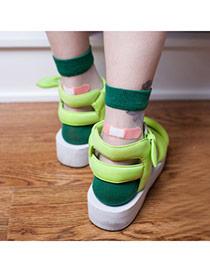 Boutique Green Bandage Pattern Glass Fiber Design